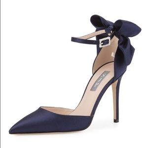 SJP Trence Navy Blue Satin Bow Pumps Heels Size 7